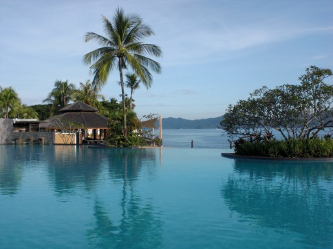 The infinity pool at Shangri-La Tanjung Aru Kota Kinabalu