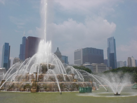 Buckingham Fountain Married with Children Fountain Chicago